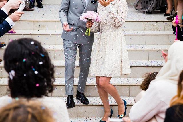 Esküvői fotózás szakemberrel