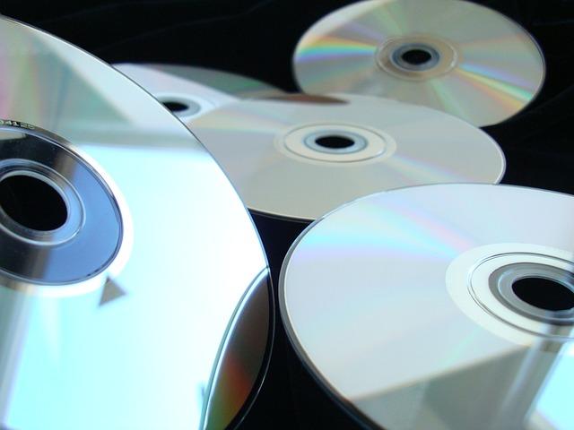 Kellenek Blu-Ray lemezek az irodába?